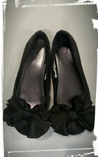 Bridget Girls Young Adults Black Satin Heeled Dress Shoe w// Silver Accents
