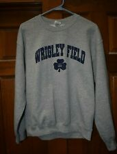 WRIGLEY FIELD CHICAGO CUBS GRAY AND NAVY CREWNECK! SIZE ADULT MEDIUM