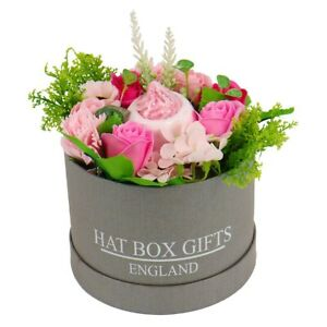 Pink Soap Flowers Hat Box with Bath Bomb