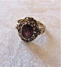 Vintage 10K Yellow Gold Garnet Ring Band Size 5