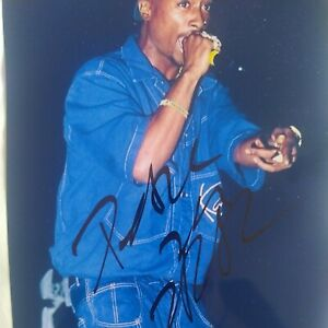 2PAC TUPAC SHAKUR HAND SIGNED AUTOGRAPHED PHOTO WITH COA.