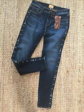 Women's Driftwood Embroidered Jeans Marilyn  Classic Fit Sundance Size 26 NWT