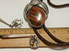VINTAGE STERLING SILVER BONDED AGATE FANCY HORSE HORSESHOE TIPS BOLO