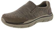Skechers Para Hombre calce relajados: 2.0 esperado-Arago 4E Ancho Resbalón en Zapatos para caminar