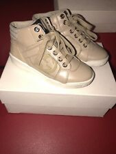 Authentic Gucci Sneakers Size 28