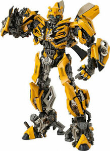threezero Transformers: The Last Knight DLX Bumblebee Japan version