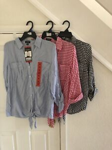 3 Jones Of New York Ladies Shirts Size Med