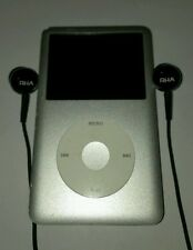 Apple iPod Classic 7th Generation Silver (160GB) (Latest Model)