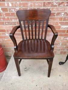 Antique Vtg Cherry Bankers Office Chair Roll Top Desk Library Lawyers Arm Chair
