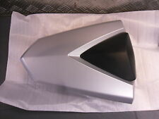 YAMAHA MT-03 2016> REAR SEAT COVER MATT SILVER NEW IN PACKET GENUINE ITEM (Q9)