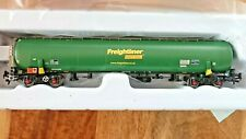 More details for revolution trains 0041041 tea 100t tank car freightliner green oo gauge new