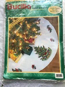 Bucilla Christmas Heritage Pfaltzgraff Counted Cross Stitch Tree Skirt Kit 84111