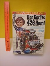 1970's MPC FUNDIMENSIONS DON GARLITS FIGURE + A/A FUEL 426 HEMI DRAG ENGINE 1:10