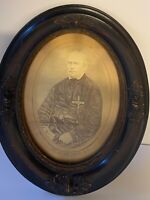 Antique Oval Wood Frame For Photographs or Prints; 1860's to 1890's