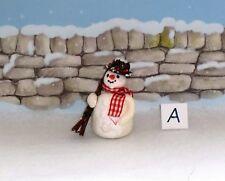 DOLLS HOUSE GARDEN/CHRISTMAS - MINIATURE SNOWMAN