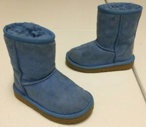 UGG Toddler Girls Classic II Sheepskin Lined Cuffable Pull On Boot-Blue (Size 8)
