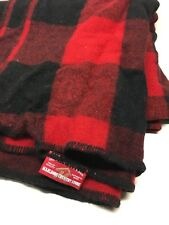 VINTAGE MARLBORO COUNTRY STORE OUTDOOR WOODS CAMPING BLANKET RED BLACK PLAID