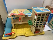 Vintage Fisher Price Die Cast Car Working Parking Deck/Garage Little People