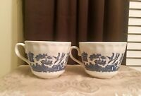 Beautiful Blue Willow Tea Cups Churchill England Set of two