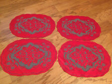 Heritage Lace Red & Green Oval Flowers & Bows Polyster Placemats 4 in set (738)