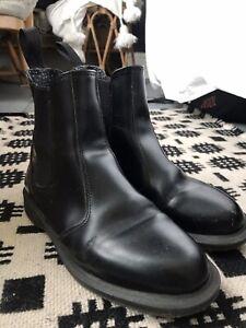 Doc Martens Size 5 Boots Flora Chelsea Boots