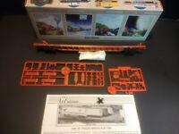 HO Scale Walthers 932-4956 89' F89F TOFC Flat Santa Fe #296009 - Kit