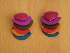 Mehrfarbige Ohrhänger aus Holz. Hipp - Hopp. Ohrschmuck.