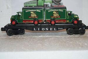 O Scale Trains Lionel Flat Car 6424 w/1920 Macks