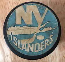 New York Islander Vintage Hockey Puck SGA Puck Day WENDY'S  Logo Promo On Back