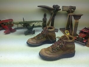 EDDIE BAUER DANNER DISTRESSED LACE UP ANKLE TRAIL BOSS BOOTS SIZE 6.5 M
