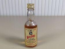 Mignonnette mini bottle non ouverte , whiskey whisky white horse