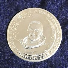 """Medaille silber """"Neil A. Armstrong - the first man on the moon"""" Ag 999,9"""