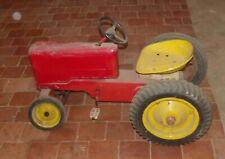 Ancien Tracteur à pédales France à restaurer vintage old Toy Jouet enfant deco