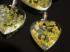 1x Glass Heart Pendant with Yellow Dried Flower Inside Charm Pendant 28mm TSC87A