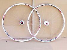 Montage Manuel NEUVE, paire de roue VTT MTB XC DT/SWISS Race Edition
