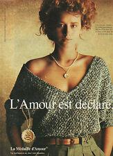 Publicité 1982  La Médaille d'Amour bijou en or joaillier collier bague