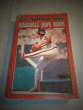 1984 SPORTING NEWS BASEBALL DOPE BOOK LAMARR HOYT CHICAGO WHITE SOX