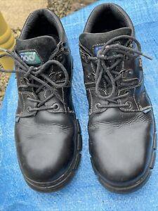 Pod Shoes Size 11 (44)