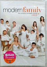 MODERN FAMILY - COMPLETE SECOND SEASON - (3) DVD SET - STILL SEALED
