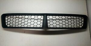2008-2009 Pontiac G8 GXP Lower Bumper Grill New GM 92213351