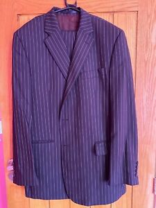 mens single breasted striped suit size 44 100% wool fantastic by Chester Barrie