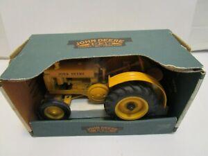 "1997 ERTL JOHN DEERE 1936 MODEL ""B"" DIE CAST TRACTOR ***NEW IN BOX***"
