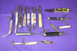 13 Vintage Pocket Knives, John Deere Tractor, Hammer Ulster Indiana estate find.