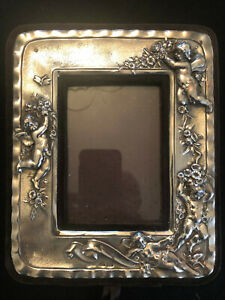 Victorian M&LS London Sterling Silver Repousse Cherub Putto Picture Frame