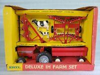 Vintage Ertl Deluxe IH Farm Set 3 Bottom Plow Tractor 1:16 Scale Trailer 5033