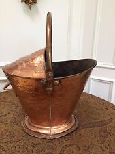 ANTIQUE ART NOUVEAU ENGLISH EMBOSSED COPPER COAL KINDLING BUCKET HOD HANDLES