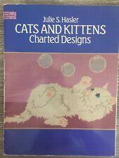 Dover Needlework Cross Stitch Pattern Booklet: Cats & Kittens, Julie S Hasler