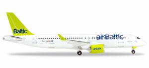 (X) Herpa 530798 - 1/500 Bombardier Cs300 - Airbaltic - Neu