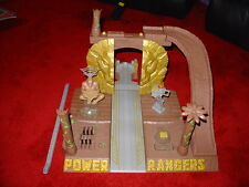 Power Rangers Wild Force DELUXE Temple ruines DX Base Temple Playset pour les figures
