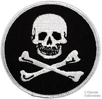 IRON-ON PIRATE PATCH - JOLLY ROGER Skull and Crossbones EMBROIDERED SKELETON new